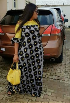 Hello Lovelies Today, We present to you 35 ultra-modern ankara styles for wedding occasion. it is a new collection of ankara long gown styles which can be wo. African Wear Dresses, Latest African Fashion Dresses, African Print Fashion, Africa Fashion, African Attire, Ankara Stil, Ankara Long Gown Styles, Africa Dress, African Traditional Dresses