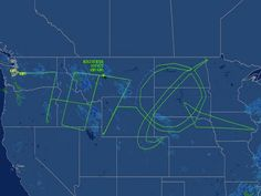 """Would have liked to be the pilot:)    Dreamliner jet """"draws"""" Boeing logo across North America by Eric Pfeiffer"""