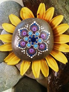 Mini Mandala Flower ~Art Painted Rocks~ Hand Painted Colorful Dot Art Stones…