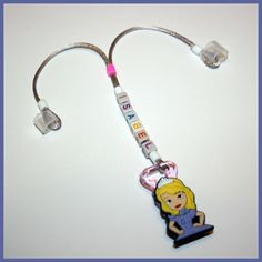 Isabel Personalized Hearing Aid Retainer