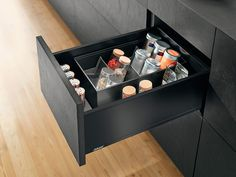 LEGRABOX pure in the kitchen - Spices application. Drawer side height C in orion grey matt. AMBIA-LINE spice insert in high fronted pull-out frame in orion grey matt Built In Kitchen Bins, Kitchen Cupboard Doors, Kitchen Hardware, Spice Rack Organization, Kitchen Organisation, Kitchen Storage Solutions, Kitchen Organizers, Kitchen Hacks, New Kitchen