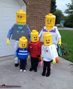 Lego Family DIY Halloween Costume How cool!