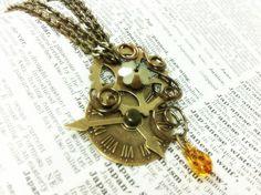 One of my favourite pendants I've seen thus far. Steampunk Honey by sodacrush.deviantart.com on @deviantART