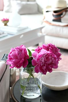 Glass mason jar from @chaptersindigo & pink peonies