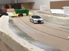 Baubericht – FREAKPALACE Slot Car Racing, Slot Car Tracks, Slot Cars, Courses, Garage, Layout, Dreams, Digital, Race Tracks