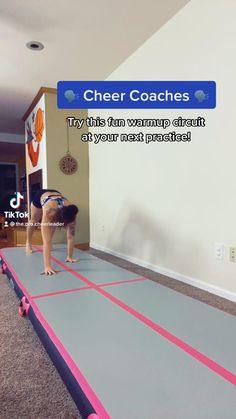 Cheerleading Workouts, Cheer Workouts, Gymnastics Workout, Cheerleading Videos, Gymnastics For Beginners, Gymnastics Tricks, Gym Workout For Beginners, Cheer Jumps, Cheer Stunts