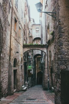 Perugia, Italy / photo by ovi90