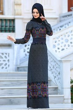 2018/2019 Yeni Sezon Günlük Elbise Koleksiyonu - Neva Style - Desenli Siyah Tesettür Elbise 2039S Neva Style - Desenli Siyah Tesettür Elbise 2039S