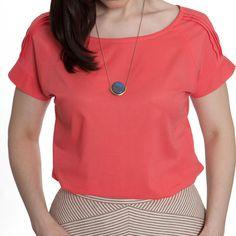 Sewaholic's Belcarra Blouse pattern has irresistible shoulder tuck option!