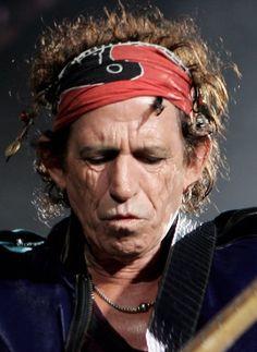 Keith Richards. The Rolling Stones Play Twickenham Stadium by MJ Kim en Getty Images