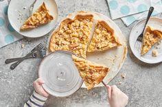 Apfelstreuselwähe - Rezepte | little FOOBY Bread, Cooking, Ethnic Recipes, Desserts, Food, Kitchen Workshop, Apple Pie, Kid Cooking, Kid Recipes