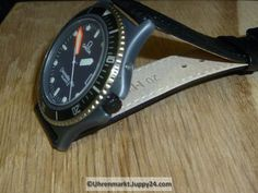 OMEGA Calypso 1 Kal. 1337 Lederband - Quartz Armbanduhren - Smart Watch, Quartz, Watches, Omega Watch, Leather Cord, Watch, Tag Watches, Smartwatch, Wrist Watches
