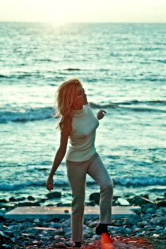 Sharon Tate. Sea as background.