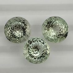 Description : GREEN AMETHYST NIRVANA CUT ROUND (DES#81) 14MM Product Size : 14MM Grade : Approx weight per piece : 8.92 Cts.