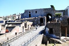 A Photo Essay Through The Ruins Of Pompeii