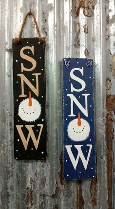 Hand painted snow sign in blue (wire hanger) or black (rope hanger). Wooden Christmas Decorations, Easy Diy Christmas Gifts, Christmas Wood Crafts, Christmas Signs Wood, Snowman Decorations, Farmhouse Christmas Decor, Christmas Art, Holiday Crafts, Christmas Ornaments