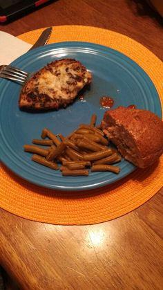 Chicken Parmigiana with Green Beans, & Garlic Bread