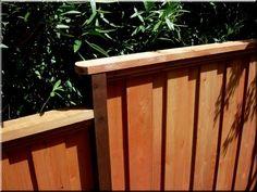 zárt kerítéspanelek Fences, Outdoor Furniture, Outdoor Decor, Fa, Wood, Home Decor, Picket Fences, Decoration Home, Woodwind Instrument