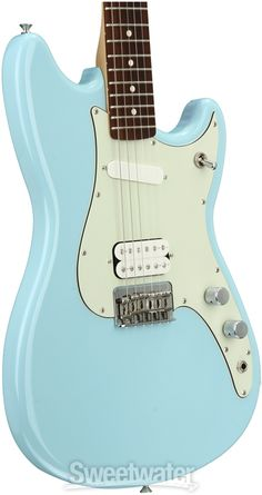 Solidbody Electric Guitar with Alder Body, Maple Neck, Rosewood Fretboard, 1 Single-coil Pickup, and 1 Humbucking Pickup - Daphne Blue