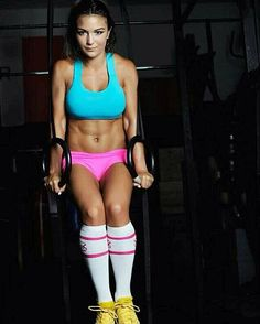 crossfitnessgirls:  Revie. Crossfit Babes. Miami