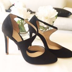 "Zara Round Toe Court Shoes EUR size 38 New with tags and in box , offers welcome via offer feature - 4"" heel Zara Shoes Heels"