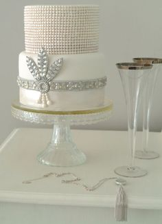 art deco cakes | Image of a wedding cake by AL Wedding Cakes