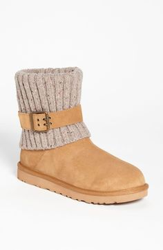 Cable-knit cozy UGG boots