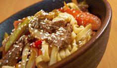 Čínske rezance s hovädzím mäsom a zeleninou