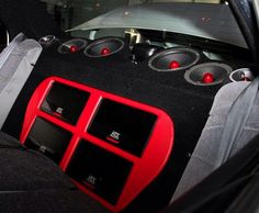 Thunder series amplifiers and Road Thunder Xtreme (RTX) speakers in the rear deck. #MTX #MTXAudio