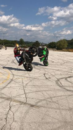 #STUCKINOHIO #TwinWheelies #stuntrider