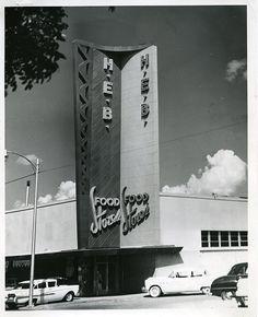 Historic Photos of Waco Texas Google Architecture, Waxahachie Texas, Old Fashioned Photos, Texas Photography, Texas Forever, Waco Tx, Baylor University, Texas History, Grocery Store