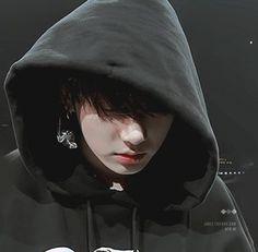 """""""I wanna be alone, alone with you, does that make sense? Jungkook Lindo, Jungkook Cute, Jungkook Fanart, Jungkook Oppa, Bts Bangtan Boy, Taehyung, Jung Kook, Kpop, Bad Boy"""
