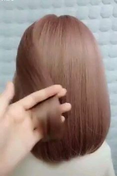 hairstyles latest hair videos hairstyles for 3 year olds to braid hairstyles for short hair hairstyles short hair hairstyles 2019 with beads hairstyles for 1 year olds to updo braided hairstyles Medium Hair Styles, Curly Hair Styles, Hair Upstyles, Long Hair Video, Easy Hairstyles For Long Hair, Beautiful Hairstyles, Simple Hairstyle Video, Short Hair Braid Styles, Simple Hairstyles For Medium Hair