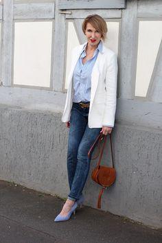 Preppy Style, gestreifte Bluse, weißer Blazer, Chloe Marcie, Preppy-Look, Ü40Blog, Ü40Mode