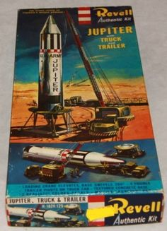 Revell - Jupiter rocket model kit