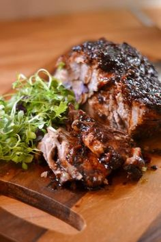 Ylikypsä kassler aasialaisittain Pork Recipes, Crockpot Recipes, Cooking Recipes, Recipies, Food N, Food And Drink, Healthy Cooking, Healthy Recipes, Salty Foods