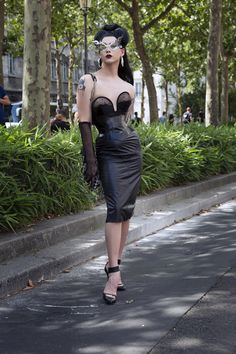 Violet Chachki Takes on Paris Couture Week—And It's Fabulous – Underwear Designs Judy Garland, Drag Queen Outfits, Rupaul Drag Queen, Adore Delano, Leder Outfits, Couture Week, Lady, Style Icons, Glamour