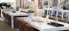 Hanneke Huisman interieurs - interior design for a commercial project for Volvo. Commercial Interiors, Volvo, Table Settings, Design, Place Settings, Design Comics, Table Arrangements, Desk Layout