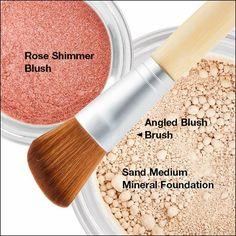 Lemongrass Spa Sheer Mineral Makeup http://www.ourlemongrassspa.com/SIMPLESPAGIRL/