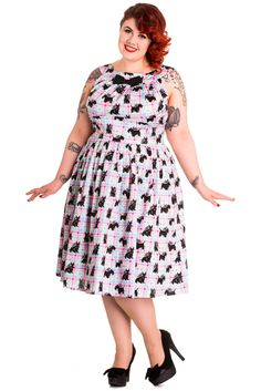 Fashion Bug Plus Size Mod Scottie Scottish Terrier Pastel Plaid Check Flare Dress www. Pin Up Outfits, Pin Up Dresses, 50s Dresses, Club Dresses, Pretty Outfits, Pretty Clothes, Plus Size Skirts, Plus Size Outfits, Curvy Inspiration