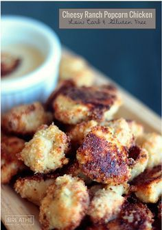 This quick & easy (low carb & gluten free) Cheesy Ranch Popcorn Chicken recipe is a delicious & healthy way to get your family together! #HiddenValleyit
