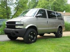 tires, color, too tall Chevy Astro Van, Chevrolet Astro, Off Road Shop, 4x4 Van, Vanz, Cool Vans, Lifted Chevy, Expedition Vehicle, Lift Kits