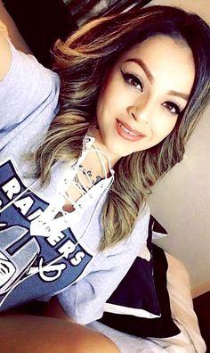 Raiders Vegas, Raiders Girl, Beautiful Latina, Most Beautiful Women, Simply Beautiful, Oakland Raiders Fans, Raiders Football, Cute Lounge Outfits, Chola Girl
