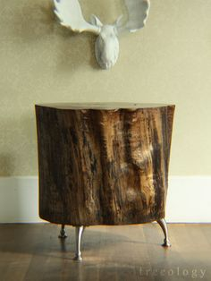 i have a thing for upcycled tree stumps. :)