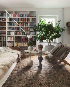 2019 i nio bilder (Sofia Wood) Home Interior Design, Apartment Inspiration, House Interior Decor, Room Inspiration, Interior Deco, Living Room Decor, Home, Elegant Living Room, Room