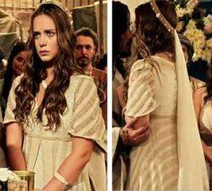 Vestido de noiva hebreia, Terra Prometida Livana