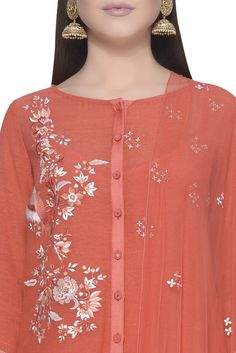 Buy Straight fit kurta with palazzo and dupatta by Mandira Wirk at Aza Fashions Kurti Designs Party Wear, Kurta Designs, Blouse Designs, Neckline Designs, Dress Neck Designs, Indian Designer Outfits, Designer Dresses, Designer Wear, Embroidery Suits Design