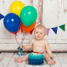 Finlay enjoyed his first birthday in the studio very much with a bright and colourful cake smash and tub splash photo shoot. Simple 1st Birthday Party Boy, First Birthday Photos, Boy Birthday Parties, Colourful Cake, Tin Tub, Cake Smash Photography, Great Pictures, First Birthdays, Photo Shoot