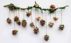 Christmas wall decoration made with a branch, moss and cones hanging on jute twine Diy Room Decor, Wall Decor, Christmas Branches, Sweet Home, Jute Twine, Drawing, Xmas Decorations, Hair Accessories, Wreaths