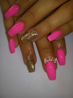 #Pink_Golden Nail Accessories, Cute Acrylic Nails, Nail Inspo, Nailart, Diva, Outfit, Beauty, Outfits, Divas